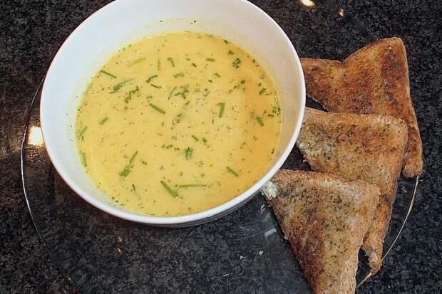 Странный, но вкусный фламандский суп из яблок