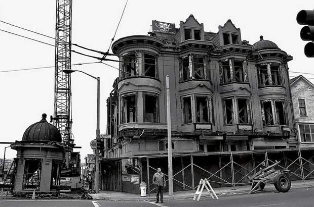 Как викторианские дома переезжали в Сан-Франциско в 1970-е годы