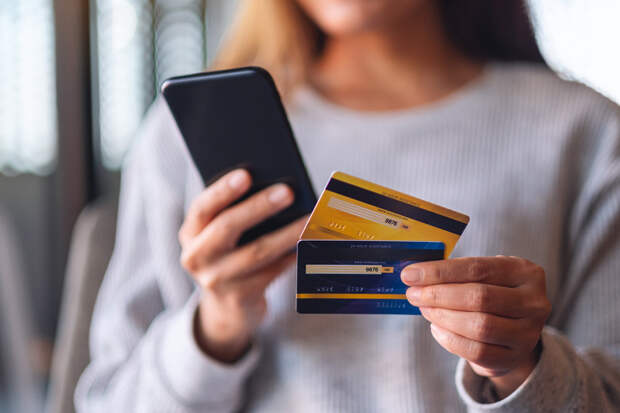 Владельцы кредиток стали более финансово дисциплинированными
