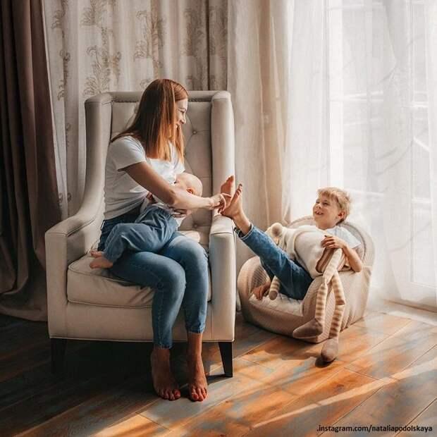 Наталью Подольскую растрогали до слез семейные кадры с детьми
