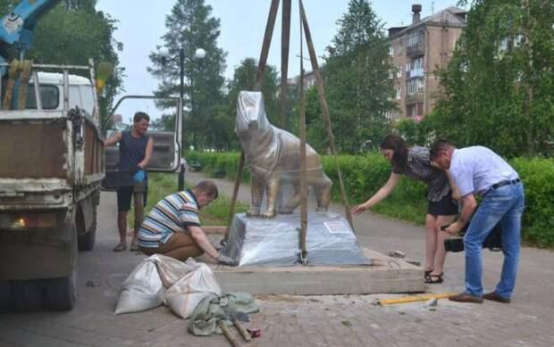 В Братске установили памятник