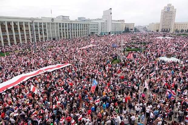 Госдеп США отверг обвинения в управлении белорусской оппозицией