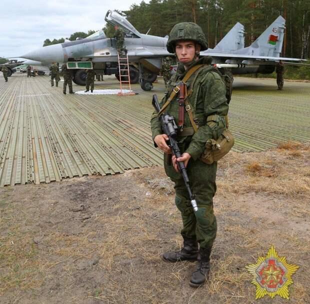 Минск анонсировал военные учения на границе с Литвой