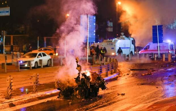В результате взрывов в Стамбуле погибли не менее 29 человек