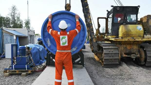 Сидеть на трубе: Германия потребовала вдвое больше газа из России
