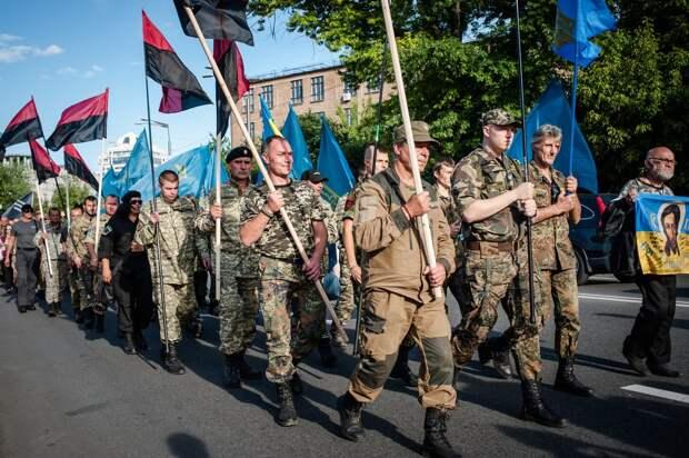 На Украине обошлись без поджога Рейхстага