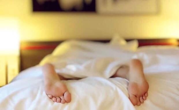 Ученые выяснили, чем полезен дневной сон