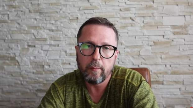 """Оппозиционер Шарий назвал Украину """"помойкой"""""""