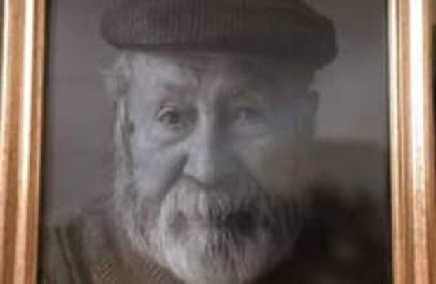 Умер самый старый француз