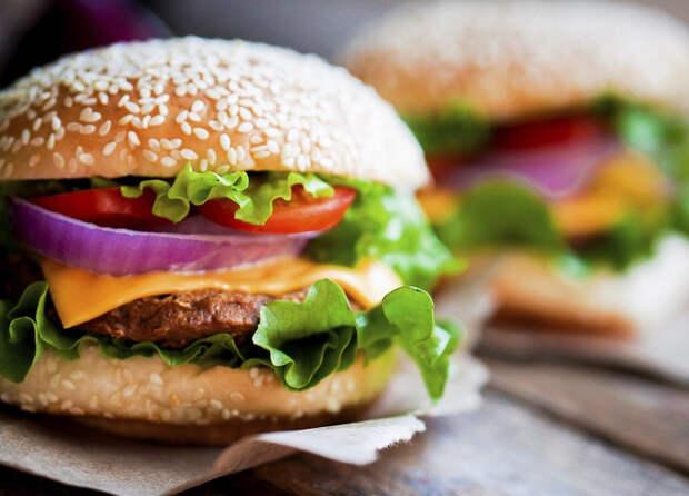 Медики и биологи утверждают: в ожирении виноваты быстрые углеводы, а не количество еды