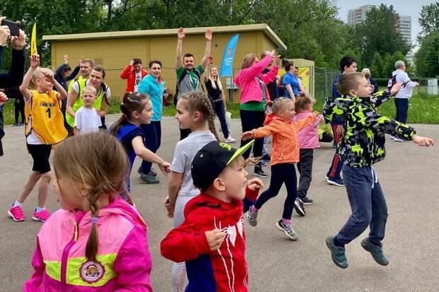 Команда из Дмитровского заняла второе место на окружном турнире спортивных семей