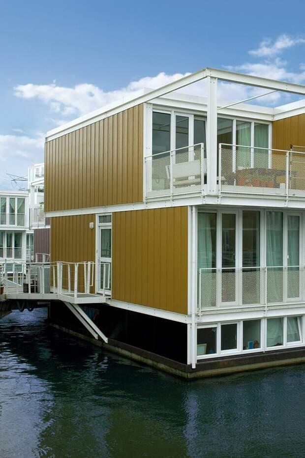 7 домов с вертикальным фасадом