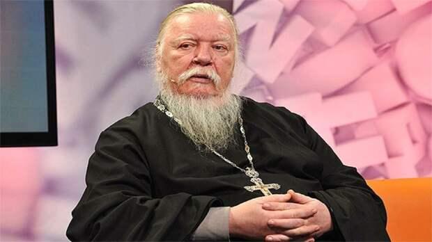 Прокуратура разберется со священником, назвавшим женщин «бесплатными проститутками»
