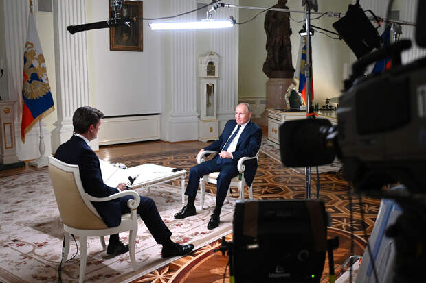 «У нас нет обычая убивать»: Путин ответил на вопросы о Навальном