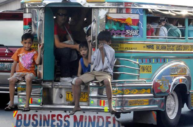 Короли дороги — манильские джипни