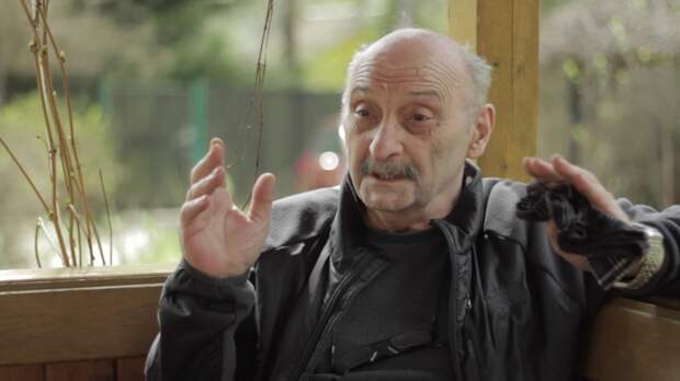 6 диких фактов о грузинском учёном Ясоне Бадридзе, который два года жил и охотился с волками