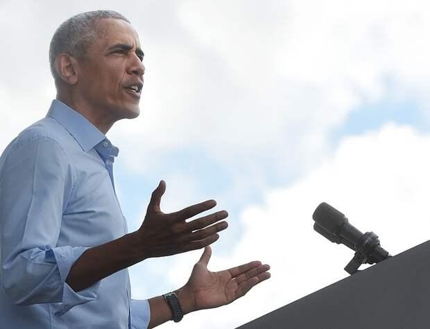 Умер журналист Дэймон Уивер, взявший интервью у Обамы в 11 лет