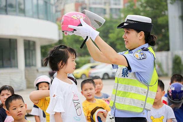 В Пекине началась кампания по уходу за детьми