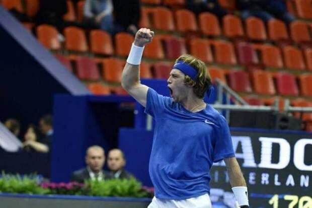 Рублев победой в Петербурге отметил выход на 10-ю позицию в мировом рейтинге. Двух россиян в десятке не было 10 лет!