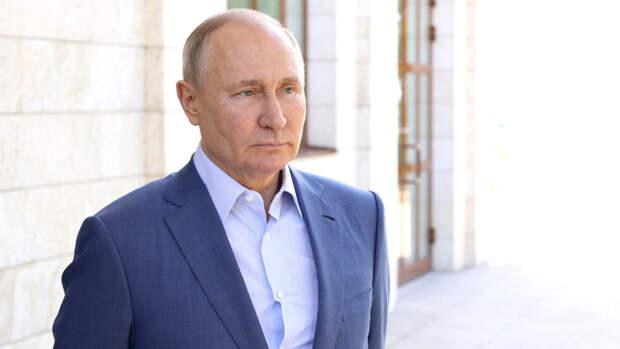 Американка Сюзанна Масси попросила у Путина паспорт гражданина России