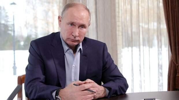 Путин на встрече с Рахмоном поднял вопрос трудовых мигрантов