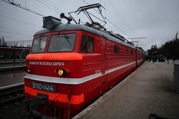 На поезде из Москвы в Крым стало возможно перевозить автомобиль