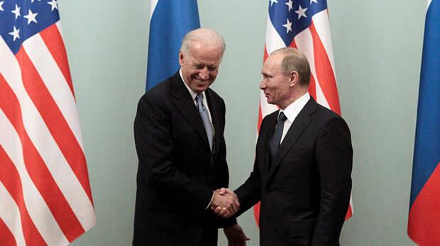 Обозреватель Hill предложил Москве и Вашингтону пообщаться в стиле КПСС: «откровенно и по-товарищески»