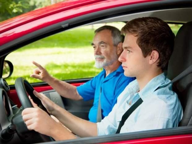 Неопытным водителям запретят буксировку других автомобилей