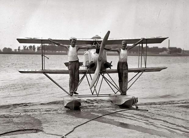 Самолеты и пилоты начала 20-го века на снимках американских фотографов (25)