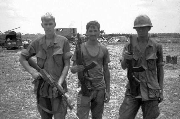 Почему американские солдаты во Вьетнаме меняли свои винтовки на трофейные АК-47
