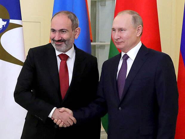 Пашинян попросил у Путина военную помощь для разрешения приграничного конфликта