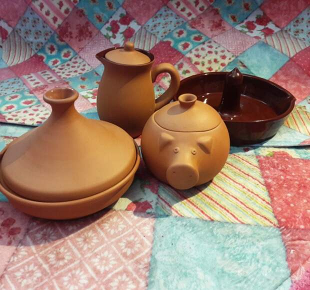 Необычная глиняная посуда для готовки
