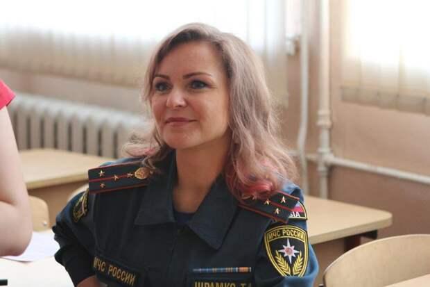 Инспектор пожарной безопасности / Фото: Пресс-служба МЧС по ЮВАО
