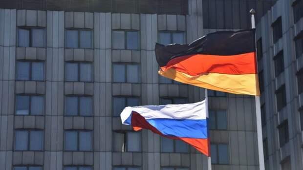 Немецкий политолог очень просто объяснил, почему Запад «не хочет дружить» с Россией