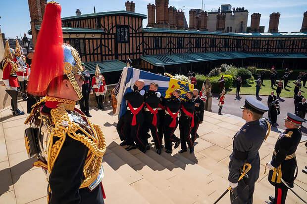 Букингемский дворец раскрыл причину смерти принца Филиппа