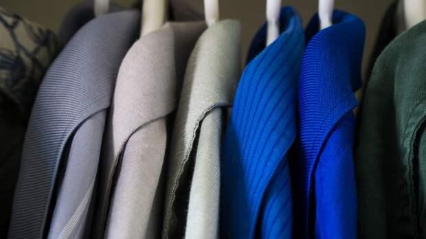 Бизнесменам Керчи грозит тюрьма за торговлю одеждой под видом брендов