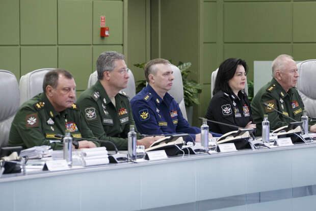 Министр обороны России генерал армии Сергей Шойгу провел селекторное совещание с руководящим составом Вооруженных Сил