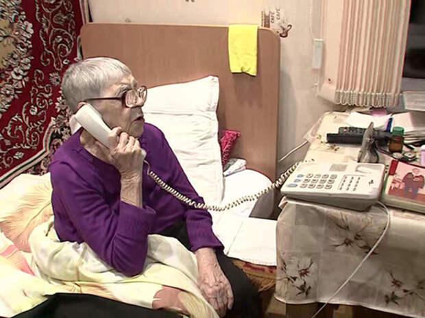 Пенсионерка Донскова первой прервала разговор с Путиным и забыла его