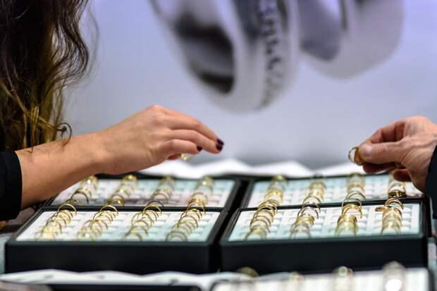 Крымчанин сядет на 7,5 лет за ограбление ювелирных магазинов почти на миллион рублей