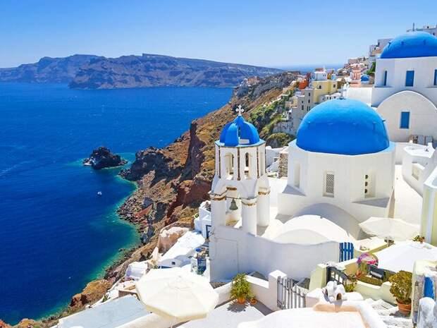 Греция отменила ограничения на въезд россиян и туристов из других стран