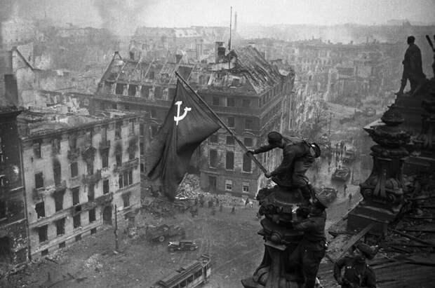 Первый и последний снимки Великой Отечественной войны. Денис Григорюк