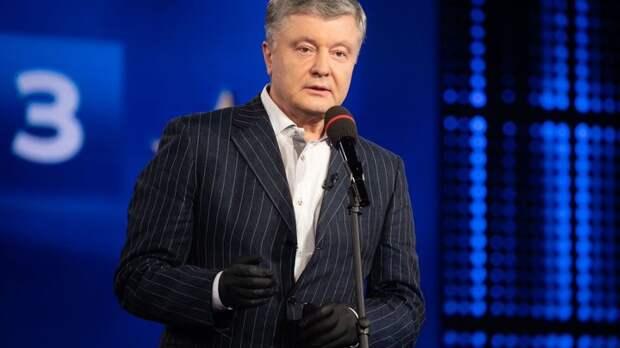 """""""Хочу напомнить, чем закончил Янукович"""": Порошенко купил ещё один канал, спасая его от Зеленского"""