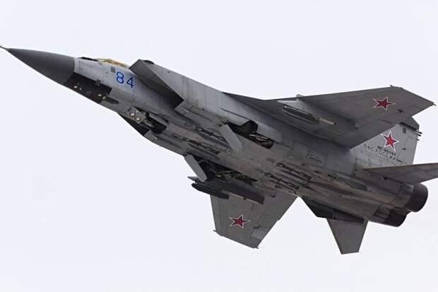 «Сухой» и «МиГ» объединятся в создании боевого самолета 6-го поколения