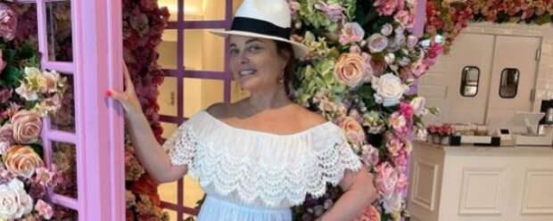 Наташа Королева показала свою дачу зрителям МУЗ-ТВ