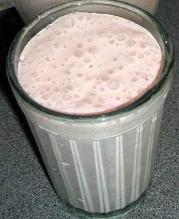 Молочный коктейль за 10 копеек! Гуще сметаны: рецепт родом из детства