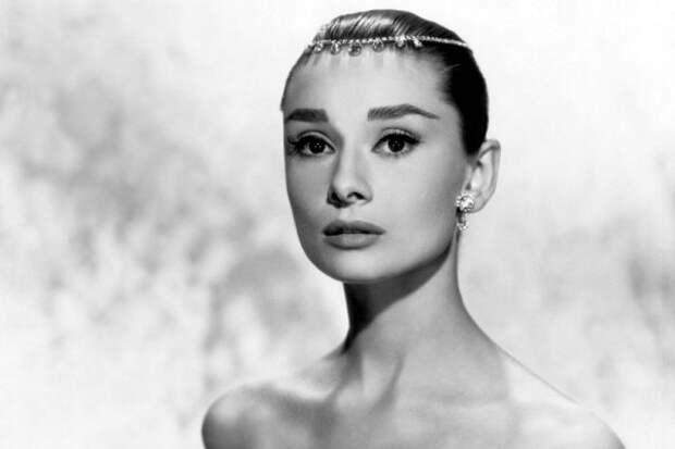 11 женщин столетия с идеальной внешностью