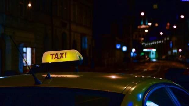 Житель Ленобласти завоевал титул лучшего таксиста России