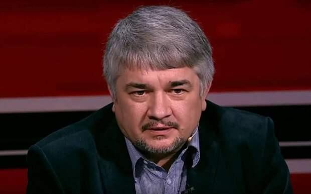 Политолог Ищенко: украинская армия разбежится в случае войны с Россией