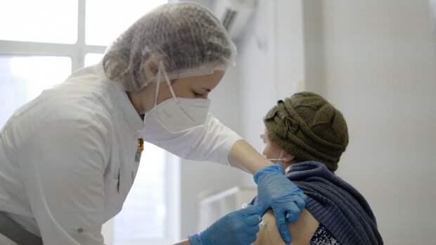 Собянин призвал москвичей вакцинироваться на фоне роста заболеваемости COVID-19