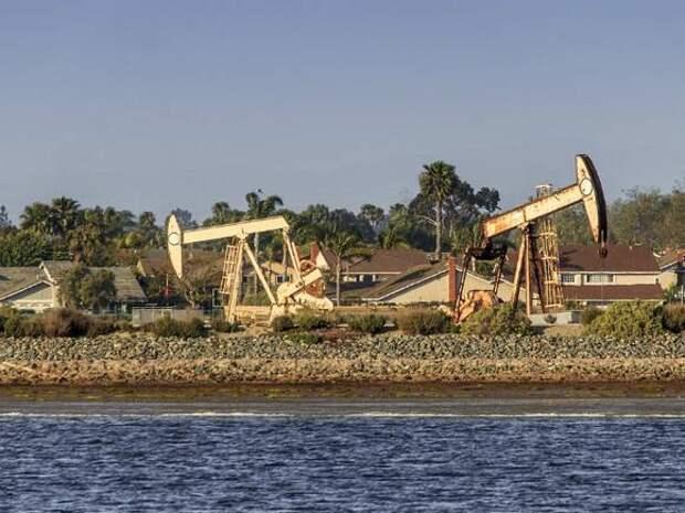 Цены на нефть меняются разнонаправленно, Brent держится выше $68,5 за баррель